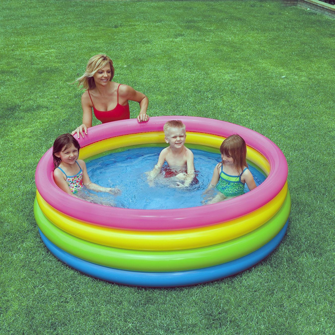 5 mẫu bể bơi phao mini hot nhất năm 2016