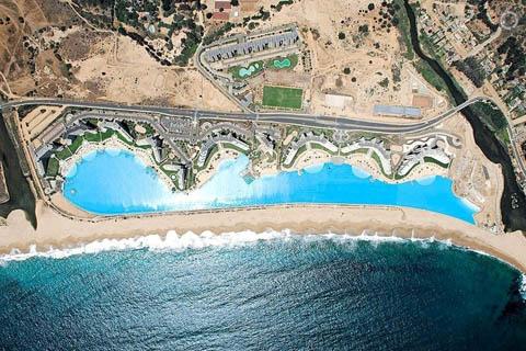 Bể bơi có diện tích lớn nhất thế giới