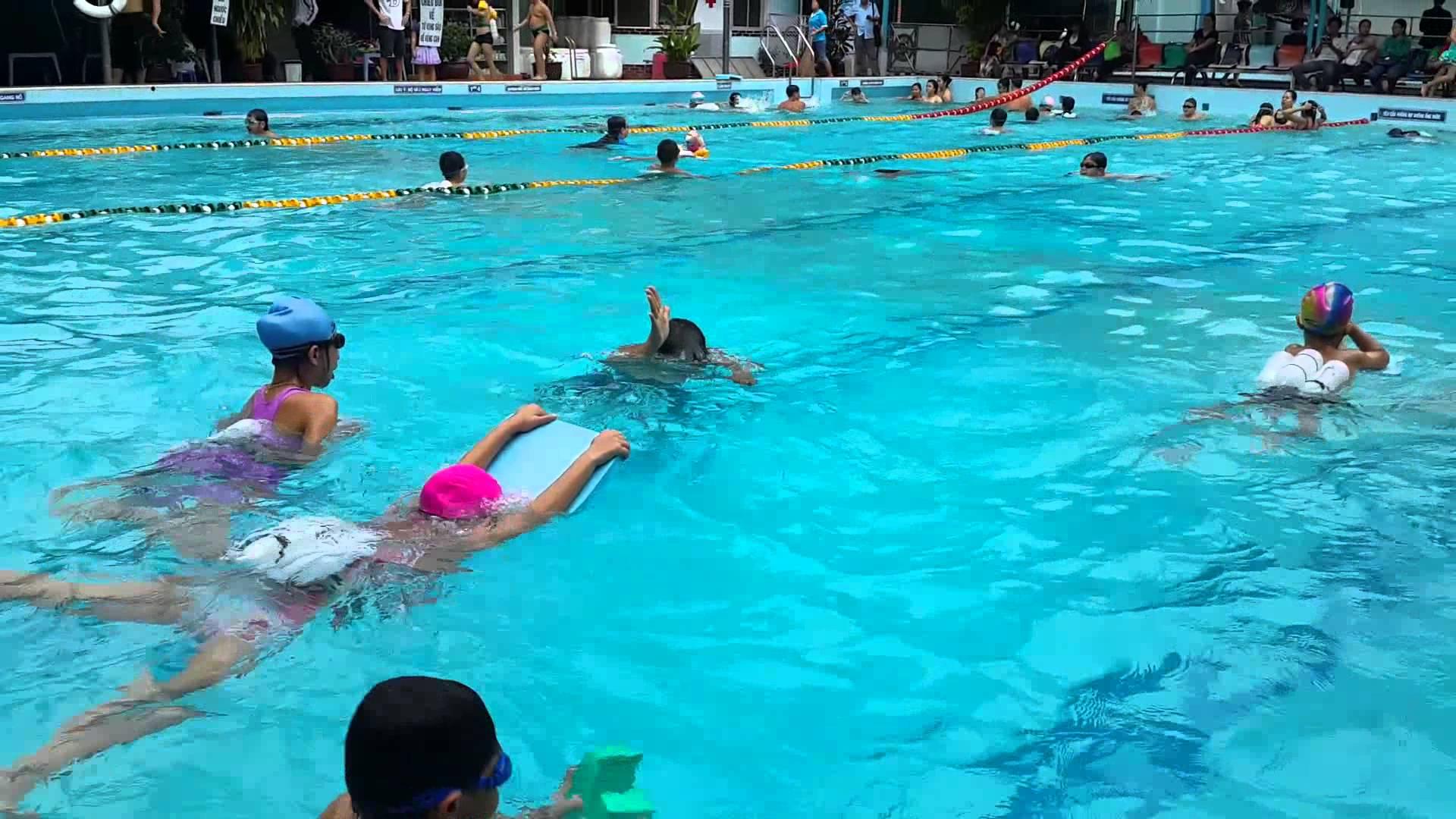 Những hồ bơi dành cho gia đình ở Sài Gòn