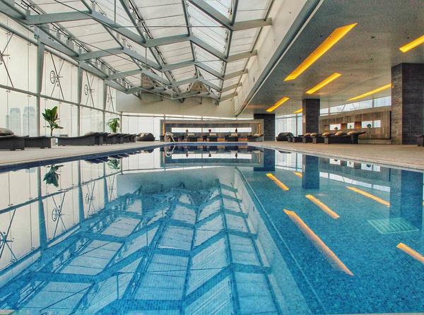 Top 5 bể bơi sang chảnh tại Hà Nội